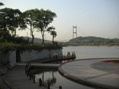 Park_and_bridge